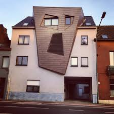 the scream house