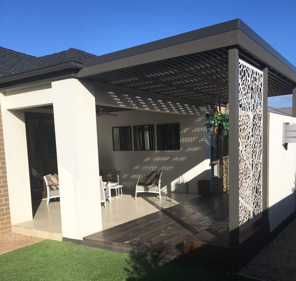 Builder's Al Fresco? or Build After Handover?